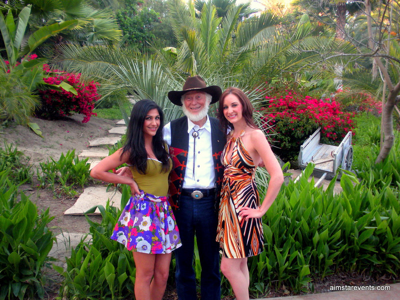 The ATeam Girls with Del Mar's famous Cowboy