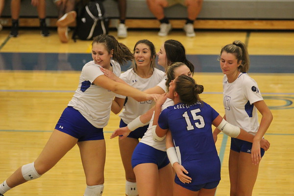VOLLEYBALL Lake Central VS Munster 2021