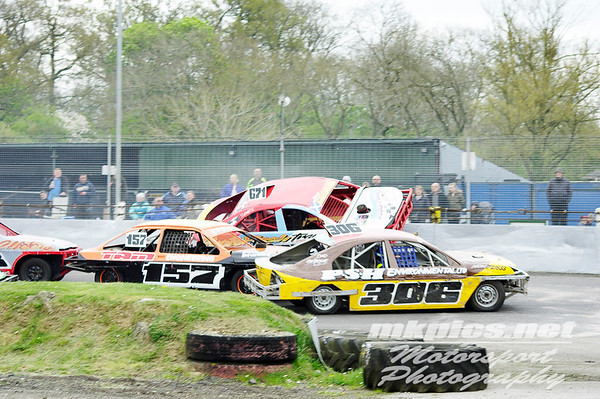 National Saloon Stock Cars - Northampton 14 April 2017