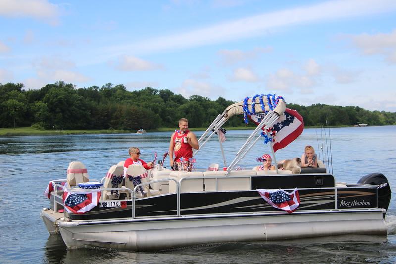 2019 4th of July Boat Parade  (106).JPG