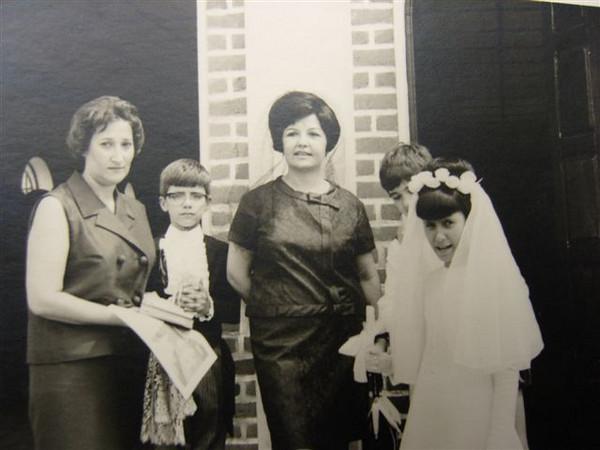 Dundo. Amélia Ressurreição, Jorge Gastão, sra do Dores e Micá Ressurreição