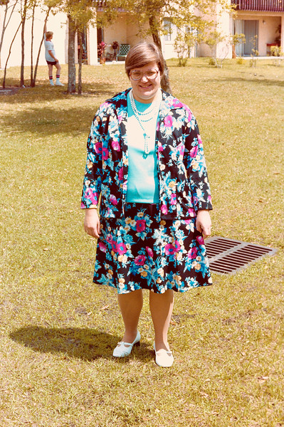 1978-3-26 #4 Easter Aunt Ceil.jpg