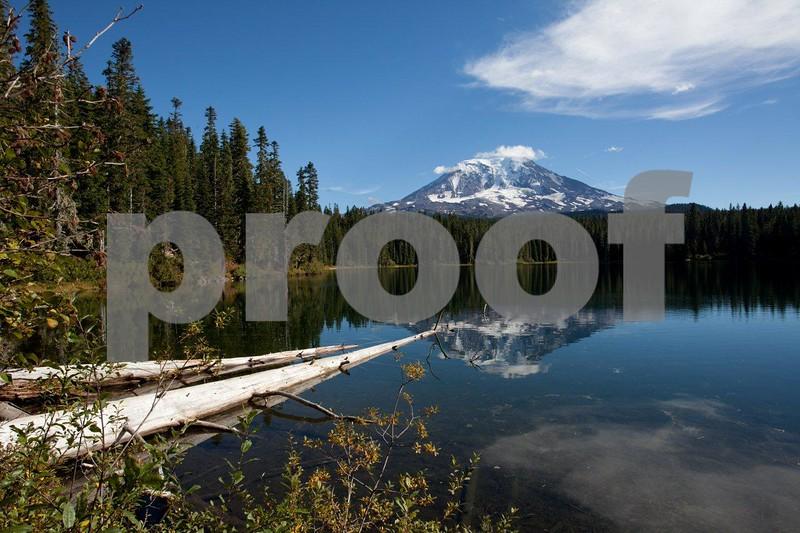 Takhlakh Lake, Mt. Adams  5015.jpg