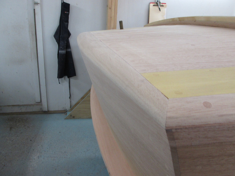 Starboard view of transom cover board.