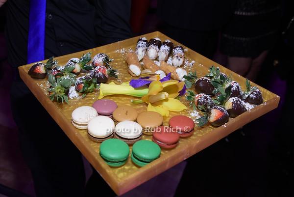 dessert photo by Rob Rich/SocietyAllure.com © 2014 robwayne1@aol.com 516-676-3939