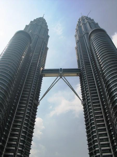 Petronas Towers, Kuala Lumpur (2).jpg