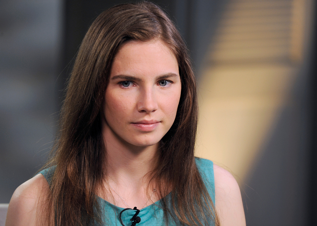. This April 9, 2013 photo released by ABC shows Amanda Knox during the taping of an interview with ABC News\' Diane Sawyer in New York.  (AP Photo/ABC, Ida Mae Astute)