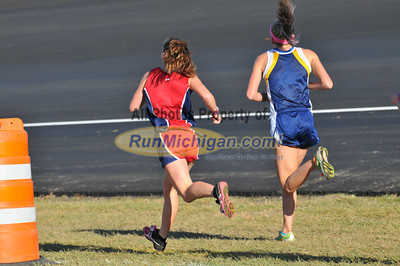 Girl's D3 at 2.7 Mile Mark - 2011 MHSAA LP XC Finals