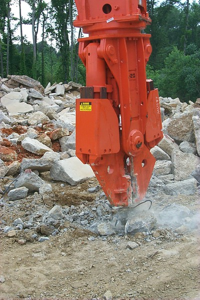 NPK M20G concrete pulverizer with QA20 quick attach on Cat excavator-concrete recycling (27).JPG