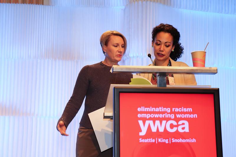YWCA-Bellevue-16-1066.jpg