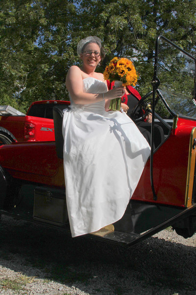 Arriving at the Wedding (45).JPG
