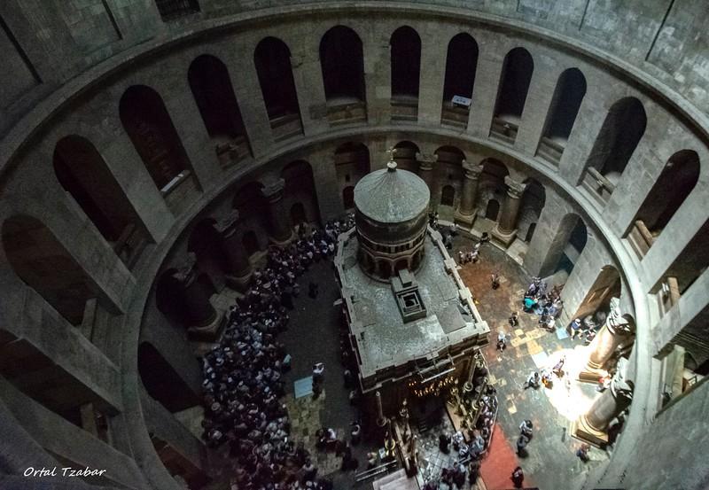מבט על כנסיית  הקבר5.jpg