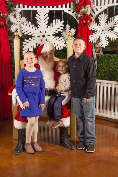 Santa 12-16-17-455.jpg