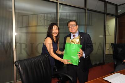 11446 Panama University President Oscar Leon visiting RSCOB 5-2-13