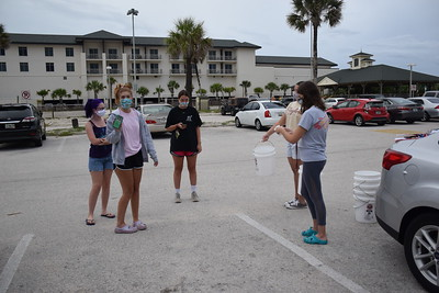Welcome Week 2020 Beach Clean Up