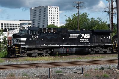 AC44C6M