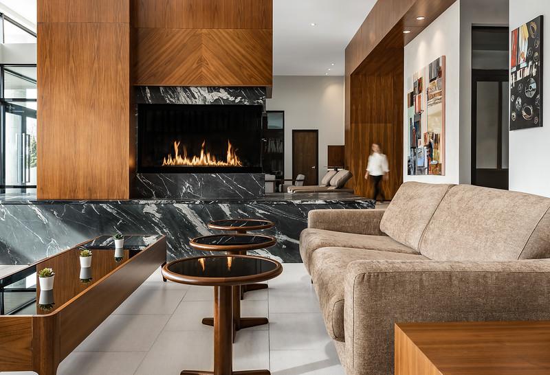 Sonder-Denver-Atelier-Amenities-FireplaceDetail-Web.jpg