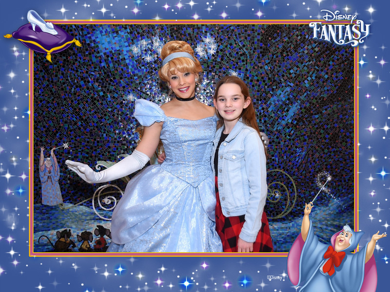 403-124327829-Princesses P Cinderella 3 MS-49588_GPR.jpg