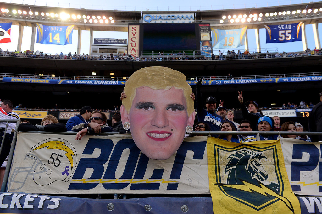 . SAN DIEGO, CA - DECEMBER 8:  San Diego Chargers fans pull out a giant face of Eli Manning #10 during the game against the New York Giants during their game on December 8, 2013 at Qualcomm Stadium in San Diego, California. (Photo by Donald Miralle/Getty Images)