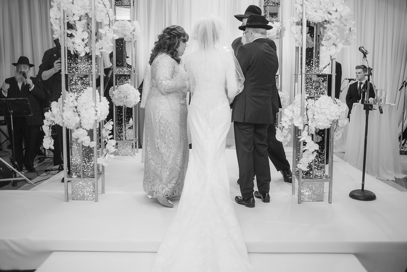 Miri_Chayim_Wedding_BW-556.jpg