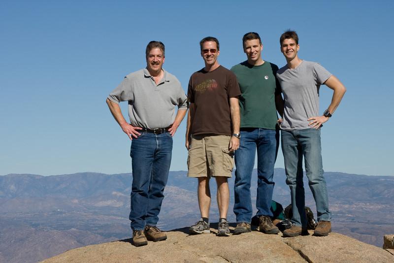 081129_Guys Hike 2008_7375.jpg