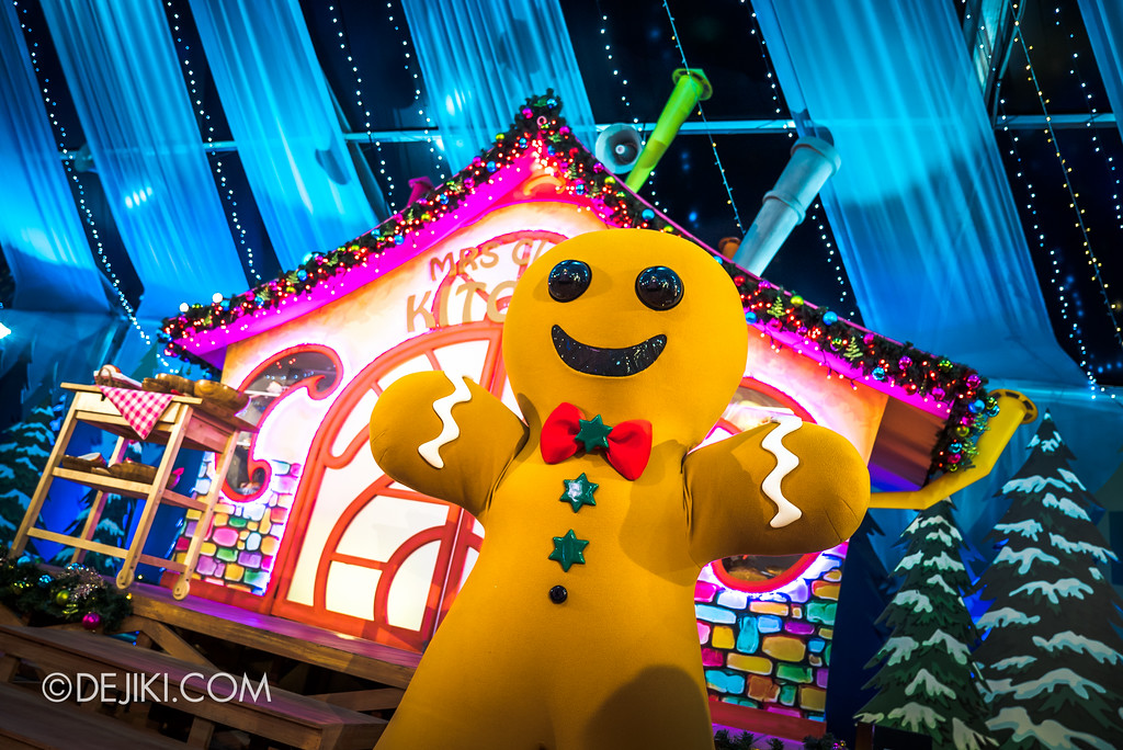 Universal Studios Singapore December Park Update - Santa's All Star Christmas 2016 / Santa's Village - Gingerbread Man