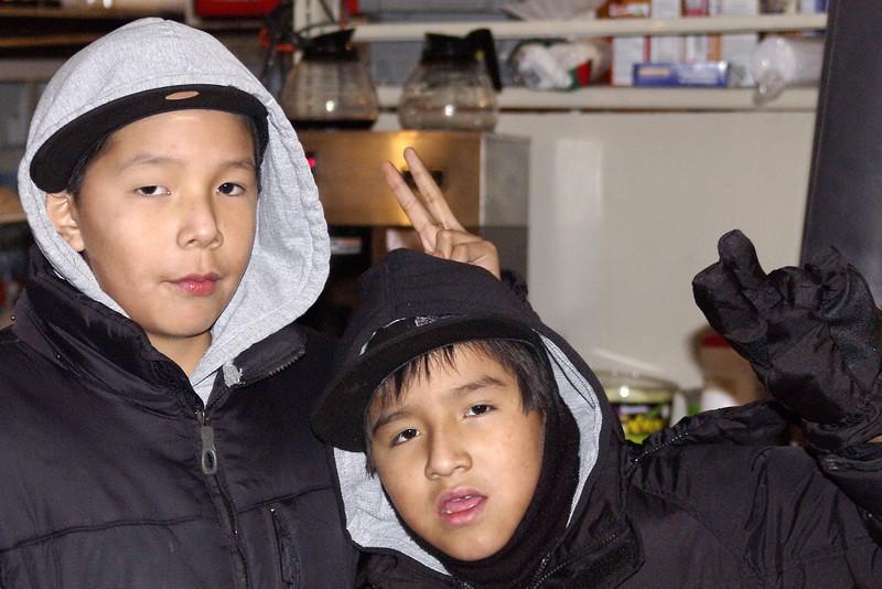 IMGP4973_kids_coffee_shop_webequie_jan1207_resize.jpg