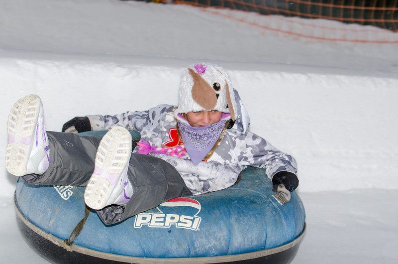 Opening-Day-Tubing-2014_Snow-Trails-70999.jpg