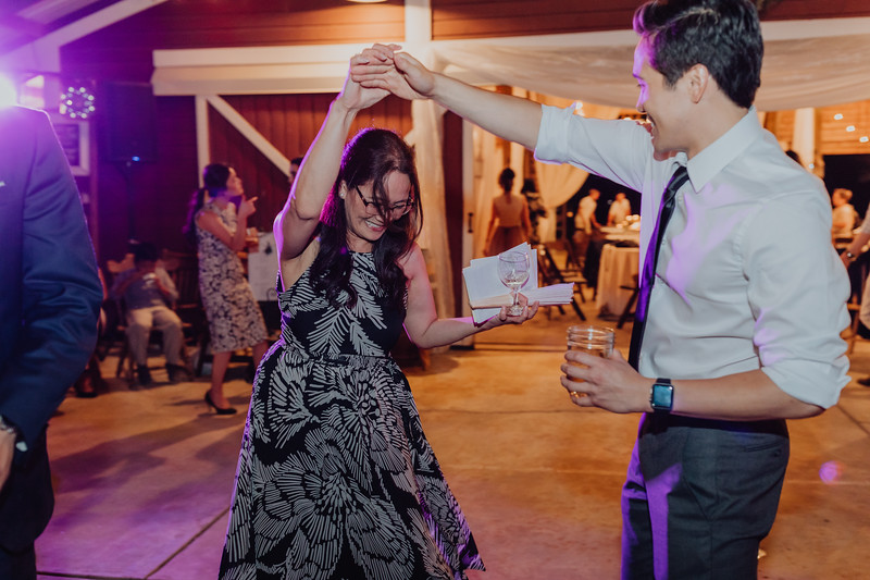 2018-09-22_ROEDER_AlexErin_Wedding_CARD3_0292.jpg