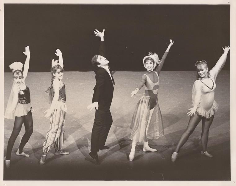 Dance_1265.jpg