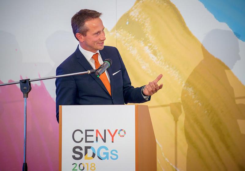 SDGs-135_www.klapper.cz.jpg