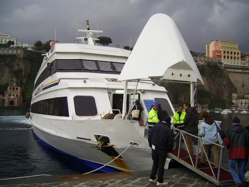 2009 - ISCHIA JET in Sorrento, embarking by bow.