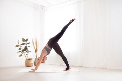 2021 I Ula - Yoga