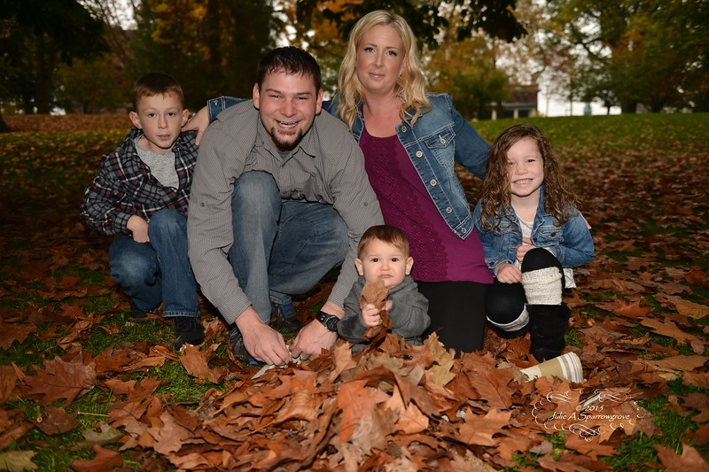 a family l JE2_0920.JPG