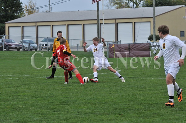 10-22-13 Sports D-III Dist. boys Soccer Kalida vs New Knoxville