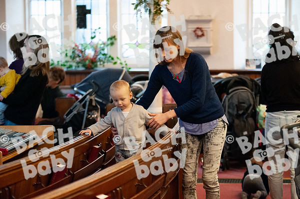 ©Bach to Baby 2019_Laura Woodrow_MuswellHill_2019-19-12_ 41.jpg