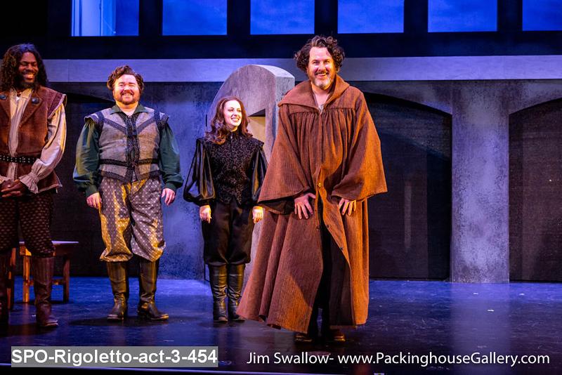 SPO-Rigoletto-act-3-454.jpg