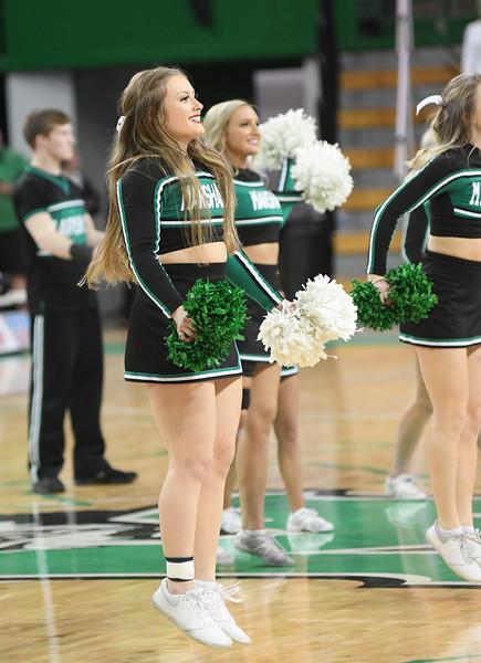 cheerleaders0914.jpg