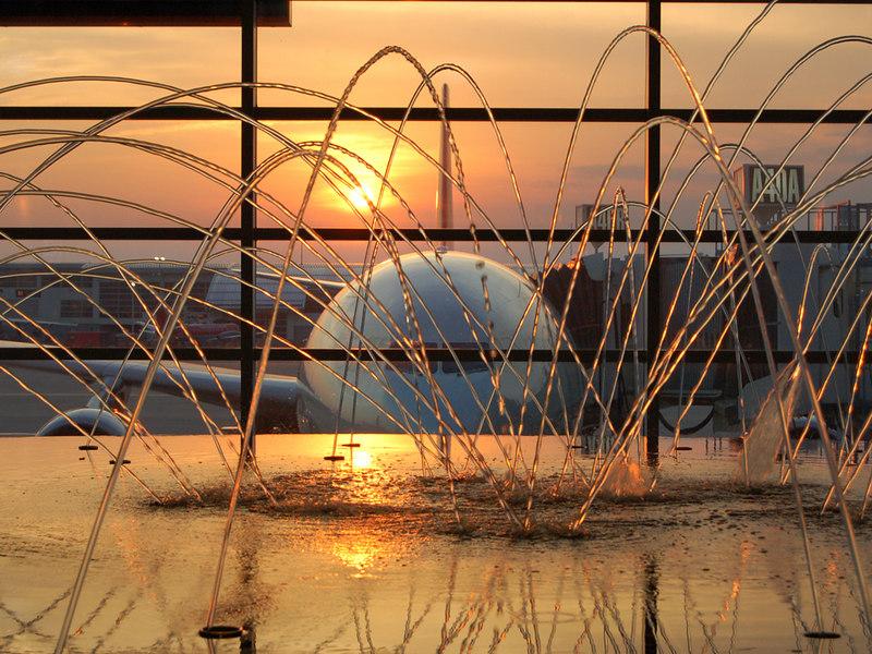 Fire, Water, & Steel: Detroit - Wayne County International Airport (DTW)