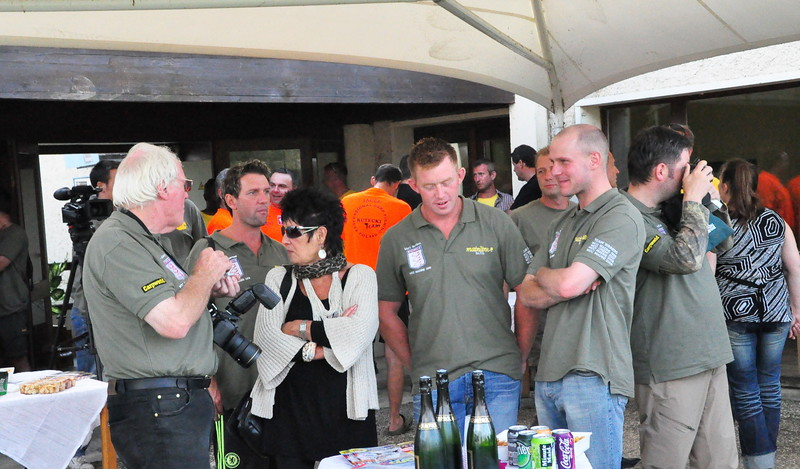 Tim Paisley & team Carpworld at the VIP launch