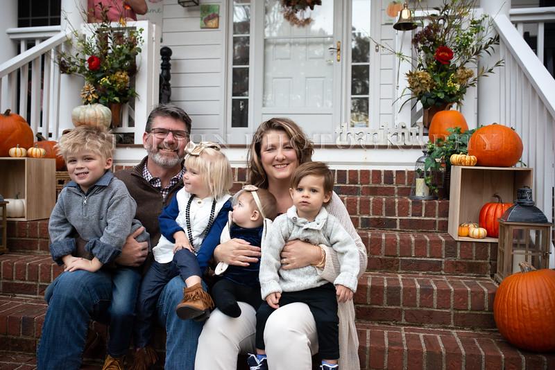 2019 November Ellis Family-88-235.jpg