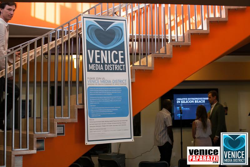VenicePaparazzi.com-20.jpg