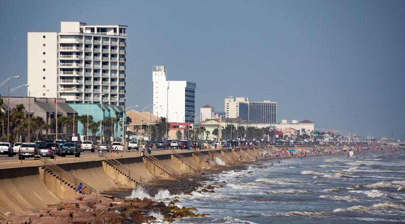 GalvestonSeawall.jpg