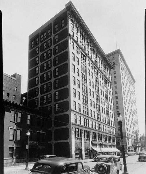 1940 - 5th Street - Republic Building - Library of Congress.jpg