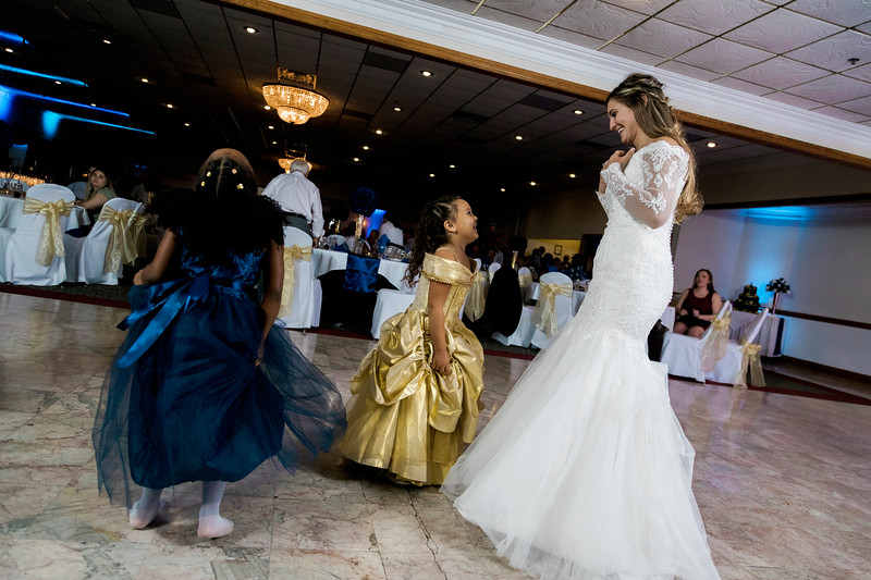melissa-kendall-beauty-and-the-beast-wedding-2019-intrigue-photography-0513.jpg