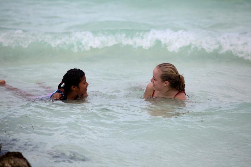 Taylor @ Beach08.jpg