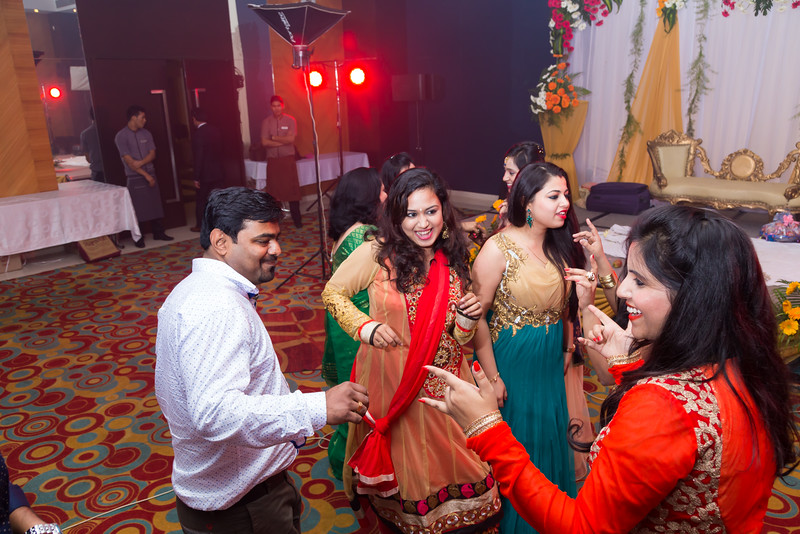 bangalore-engagement-photographer-candid-205.JPG