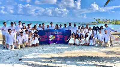 Seniors Class 2021 Beach Day