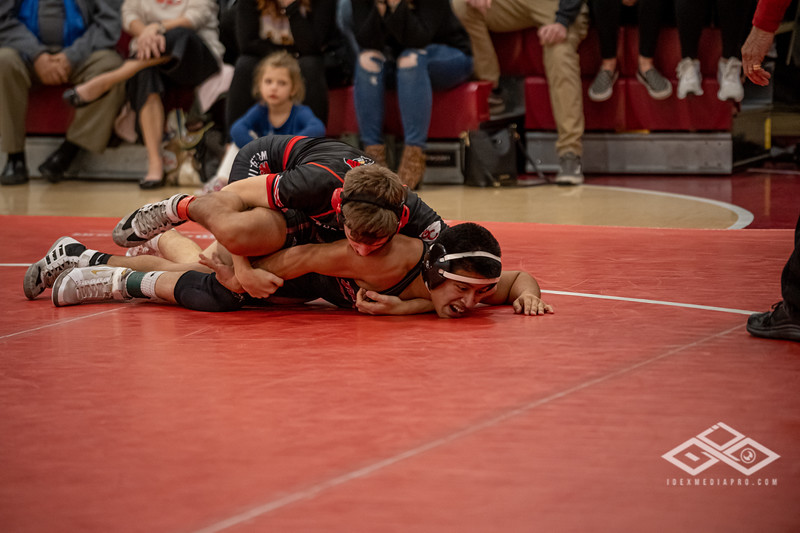 Wrestling at Granite City-09134.jpg