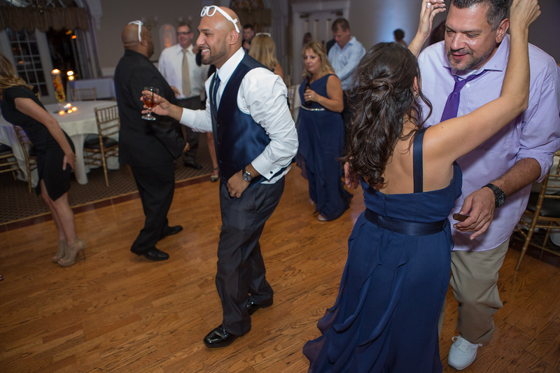 MRN_1713_Loriann_chris_new_York_wedding _photography_readytogo.nyc-.jpg.jpg